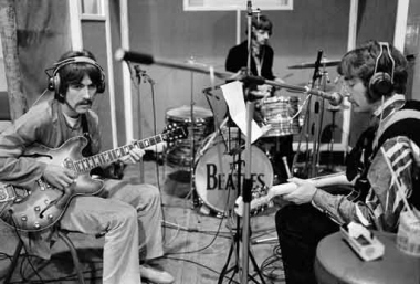 beatles%20sgt%20pepper%20session.jpg