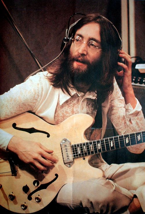 The In Depth Story Behind Songs Of Beatles Recording History Songwriting Song Structure And Style