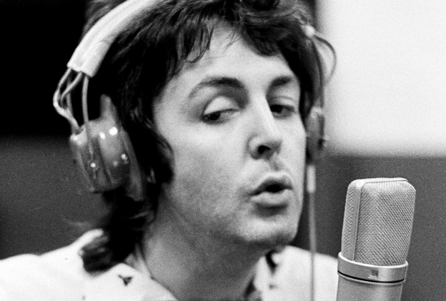 「paul mccartney sing non vibrato beatles」の画像検索結果